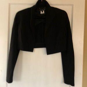 LiDia BaDay crop blazer